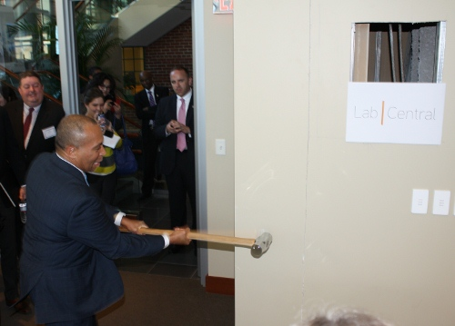 LabCentral innovative shared lab ceremony
