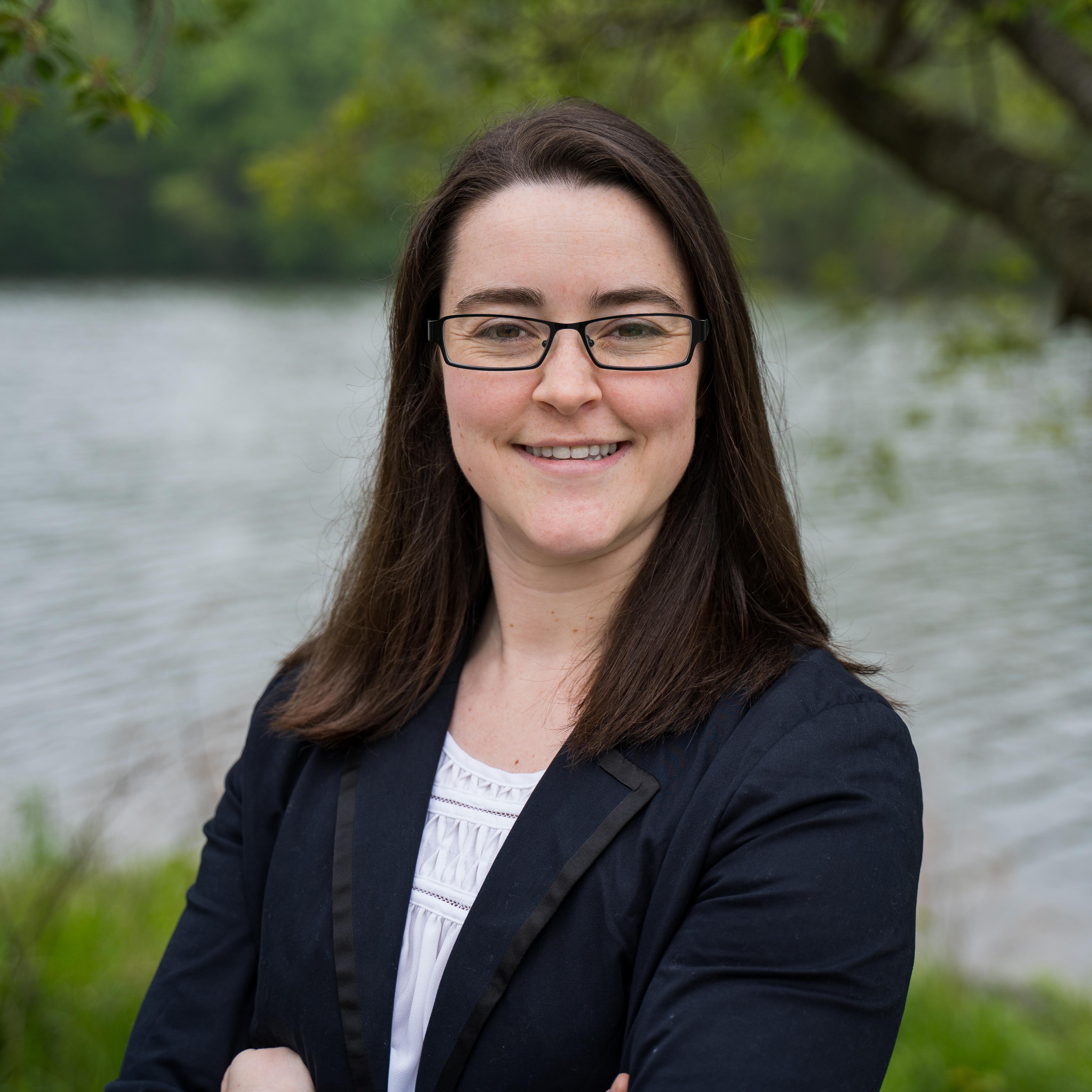 Mackenzie Schroeder_Professional_Square